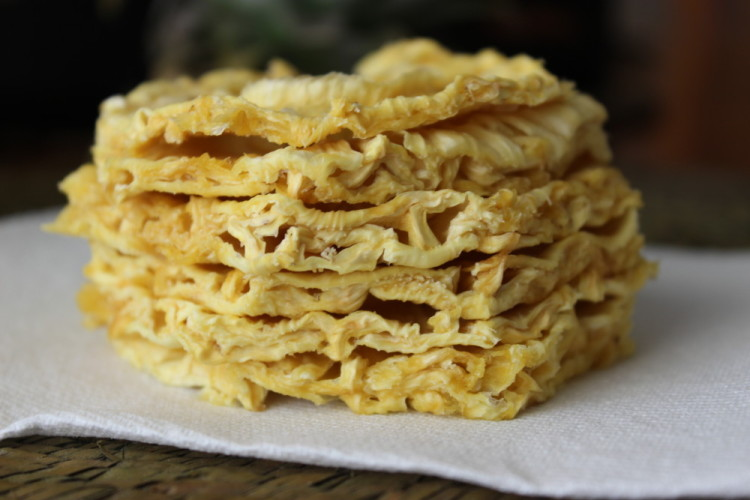 Saving Summer: Dried Pineapple #SundaySupper